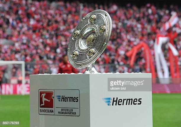 Fussball Saison 20122013 1 Bundesliga 33 Spieltag FC Bayern München FC Augsburg 30 Präsentation der Meisterschale