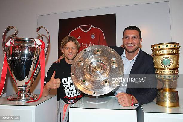 Fussball Saison 20122013 Festbankett des FC Bayern München nach dem Pokalsieg bei der Deutschen Telekom in Berlin Bild Nr 1317019...