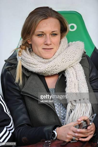 Fussball Saison 20132014 1 Bundesliga 22 Spieltag Hannover 96 FC Bayern Muenchen 04 TeamManagerin Kathleen Krueger