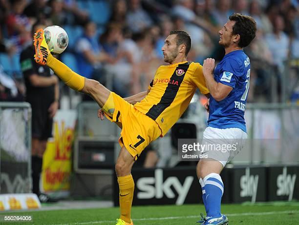 Fussball Saison 20132014 2 Bundesliga 2 Spieltag VfL Bochum Dynamo Dresden 11 vli Idir Ouali Paul Freier