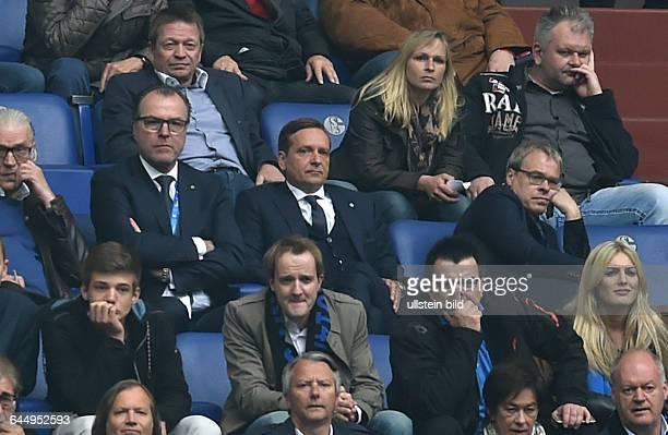 Fussball, Saison 2014/15, 1. Bundesliga, 33. Spieltag,FC Schalke 04 - SC PaderbornAufsichtsratsvorsitzender Clemens Toennies , Manager Horst Heldt ,...