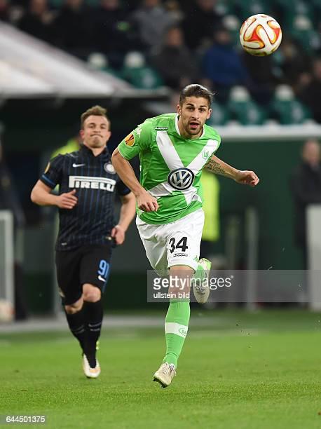 Fussball Saison 2014/15 Europa League Achtelfinale Hinspiel VfL Wolfsburg Inter Mailand 31Ricardo Rodriguez