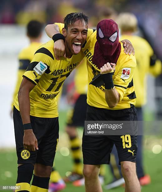 Fussball Saison 2014/15 Supercup Finale 2014 Borussia Dortmund FC Bayern Muenchen 20 Jubel PierreEmerick Aubameyang Pierre Emerick Aubameyang und...