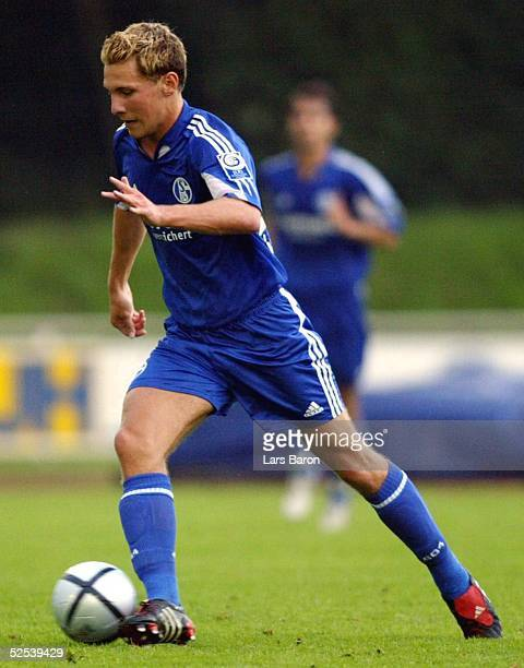 Fussball Testspiel 2004 Goch FC Schalke 04 Alemannia Aachen Kai HESSE / S04 200704