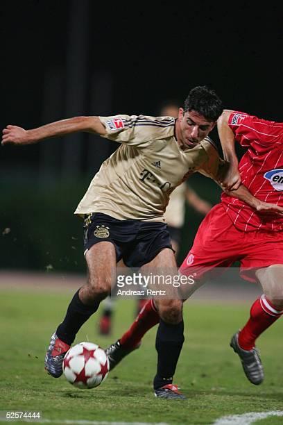 Fussball Testspiel 2005 Dubai FC Bayern Muenchen FC Energie Cottbus 10 Roy MAKAAY / Muenchen erzielte im mueden Kick das 10 Siegtor der Bayern 100105