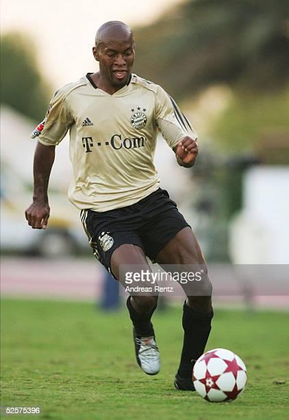 Fussball Testspiel 2005 Dubai FC Bayern Muenchen FC Energie Cottbus 10 Ze ROBERTO / Muenchen 100105