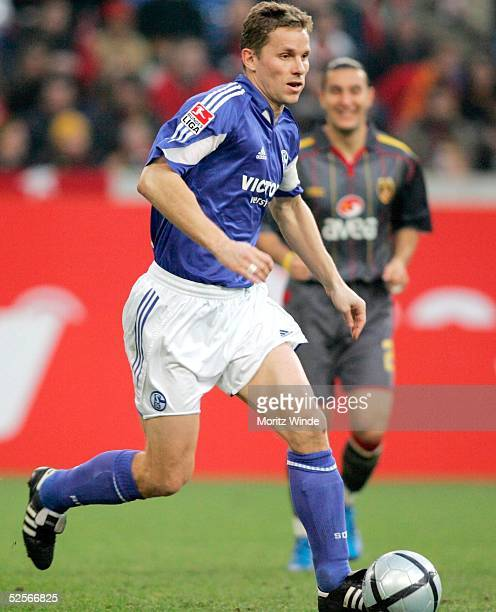 Fussball Testspiel 2005 Gelsenkirchen FC Schalke 04 Galatasaray Istanbul 01 Tomasz WALDOCH / Schalke 150105