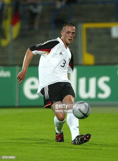 Fussball U 21 Laenderspiel 2004 Dessau Deutschland Serbien Montenegro 53 Christian PANDER / GER 070904