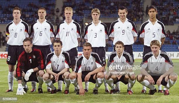 Fussball U21 Laenderspiel 2004 Thessaloniki Griechenland Deutschland 21 hinten vl Hanno BALITSCH Thomas HITZLSPERGER Mike HANKE Stephan KLING...