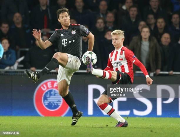 Fussball UEFA Champions League 2016/17 Vorrunde 4 Spieltag Xabi Alonso li gegen Oleksandr Zinchenko