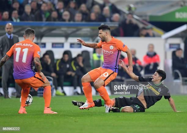 Fussball UEFA Champions League 2016/17 Vorrunde 5 Spieltag Borussia Moenchengladbach Manchester City 11 vre Mahmoud Dahoud Sergio Agueero Sergio...