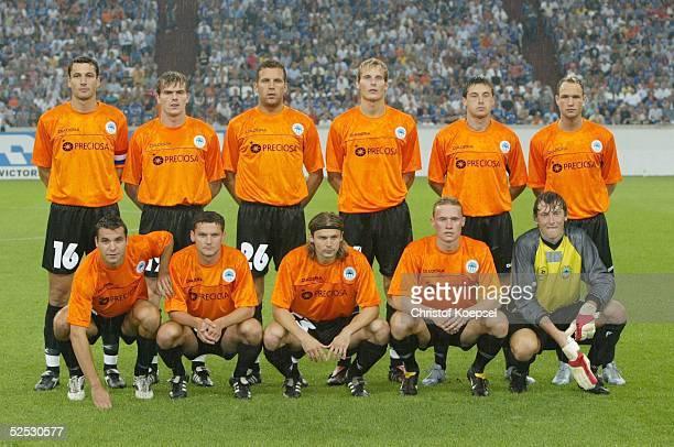Fussball: UI Cup 2004, Gelsenkirchen; FC Schalke 04 - Slovan Liberec 2:1; Mannschaft Liberec 10.08.04.
