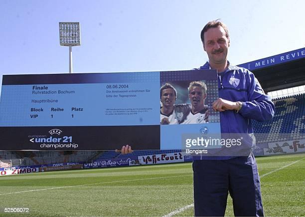 Fussball Vorschau auf die Spiele der U 21 EM vom 27 Mai bis 8 Juni in Deutschland / GER Bochum Trainer Peter NEURURER / VfL Bochum Mit dem...