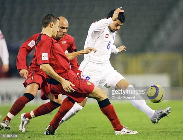 Fussball: WM Qualifikation 2004, Bruessel; Belgien - Serbien und Montenegro 0:2; Timmy SIMONS / BEL, Matejka KEZMAN / SCG 17.11.04.