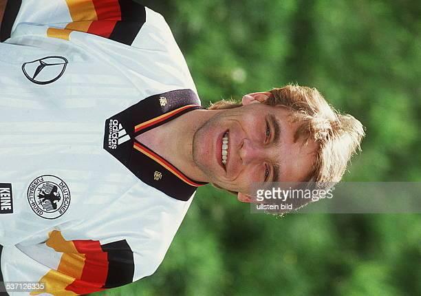 Fussballspieler D im Nationaltrikot 1992