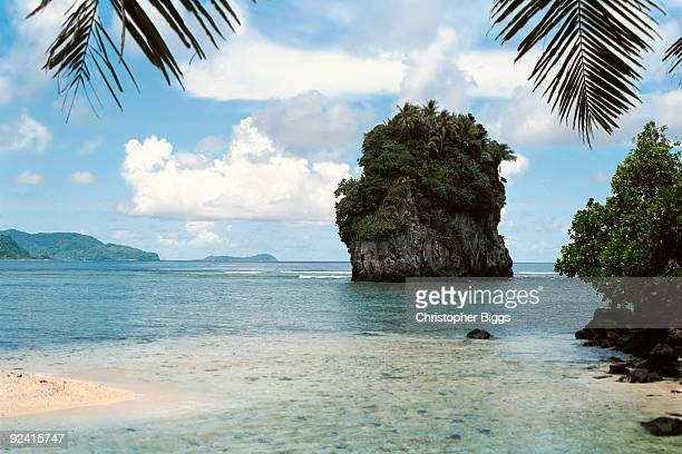 futi rock - american samoa stock pictures, royalty-free photos & images