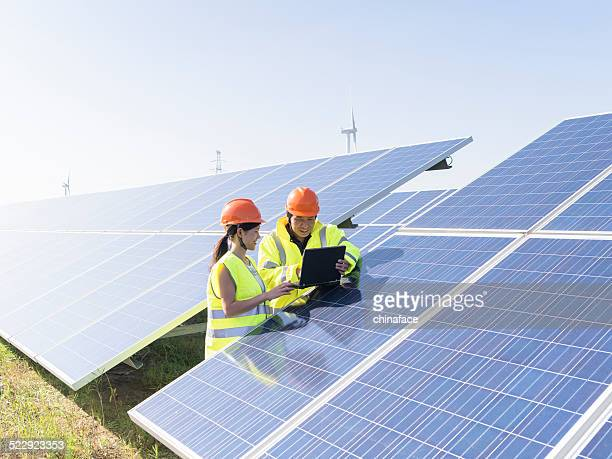 future electrical production - solar powered station stock pictures, royalty-free photos & images
