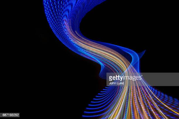 future technology light trails - らせん ストックフォトと画像