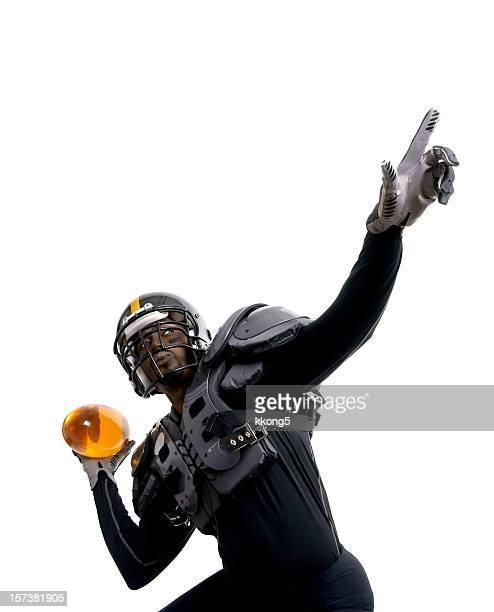 futurista jugador de fútbol americano listo para hacer un pase - rush fútbol americano fotografías e imágenes de stock