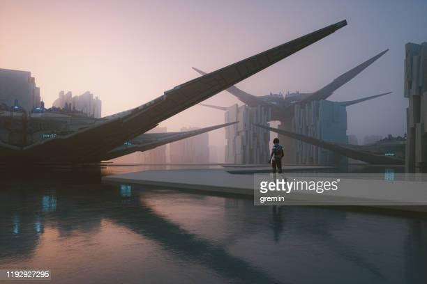 水に浮かぶ未来都市 - 宇宙の乗りもの ストックフォトと画像