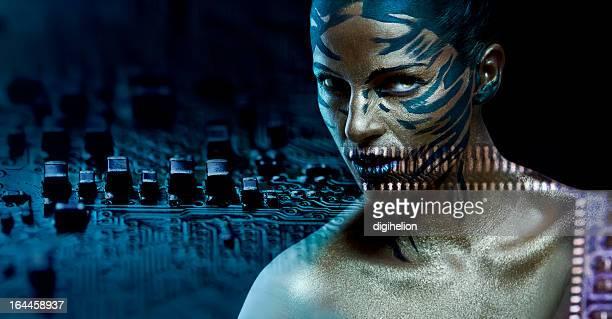 Futurista Cyber mujer elegante Retrato de la hermosa mujer
