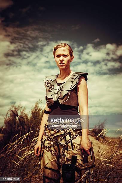 futuristische weibliche gladiator - gladiator stock-fotos und bilder