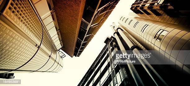 Futuristische Bürogebäude Treppe
