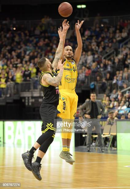 Gabe York of medi Bayreuth and Stefan Peno of Alba Berlin during the easyCredit BBL game between Alba Berlin and medi Bayreuth at MercedesBenz Arena...