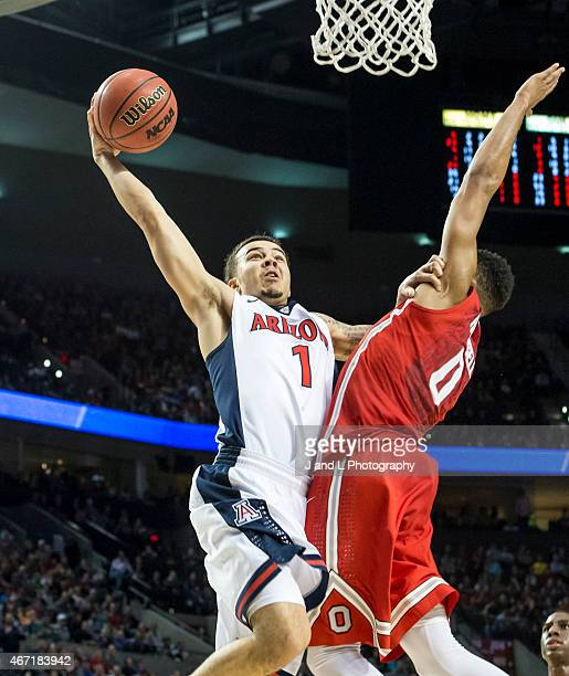 Gabe York of the Arizona Wildcats attempts a dunk against Ohio State Buckeyes during the third round of the NCAA Men's Basketball Tournament at the...