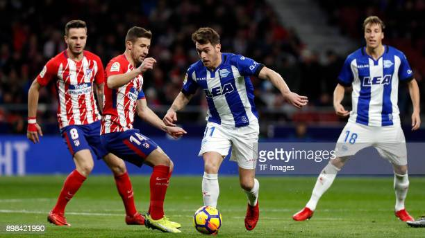 Gabi Fernandez of Madrid and Ibai Gomez of Alaves battle for the ball during the La Liga match between Atletico Madrid and Deportivo Alaves at Wanda...
