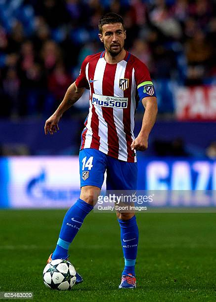 Gabi of Atletico de Madrid controls the ball during the UEFA Champions League Group D match between Club Atletico de Madrid and PSV Eindhoven at...