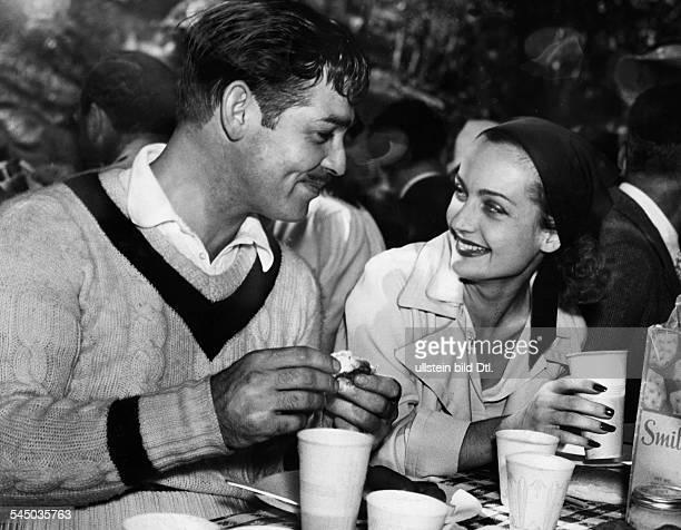 Gable, Clark *-+Schauspieler, USA- mit Ehefrau Carol Lombard beim Fruehstueck- 1938