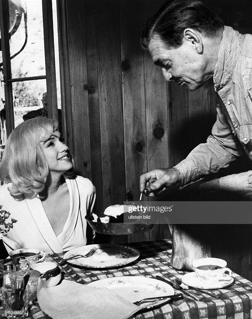 Gable, Clark - Schauspieler, USA/ mit Marilyn Monroe in 'The Misfits' : News Photo