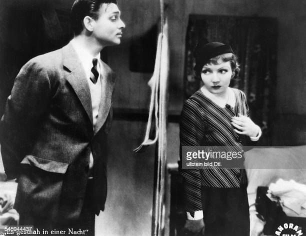 Gable Clark Actor USA * Scene from the movie 'It Happened One Night'' with Claudette Colbert Directed by Frank Capra USA 1934 Produced by Columbia...