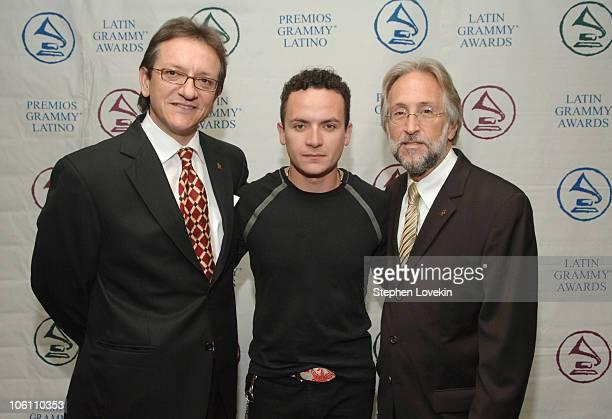 Gabriel Abaroa President of The Latin Recording Academy Fonseca and Neil Portnow Recording Academy President