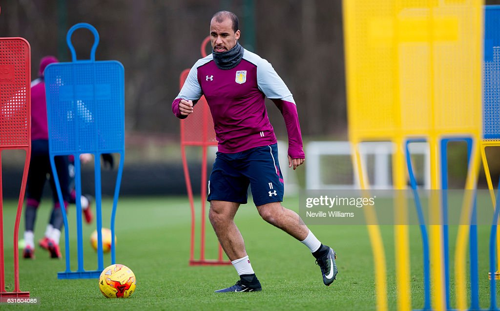 Aston Villa Press Conference and Training : News Photo