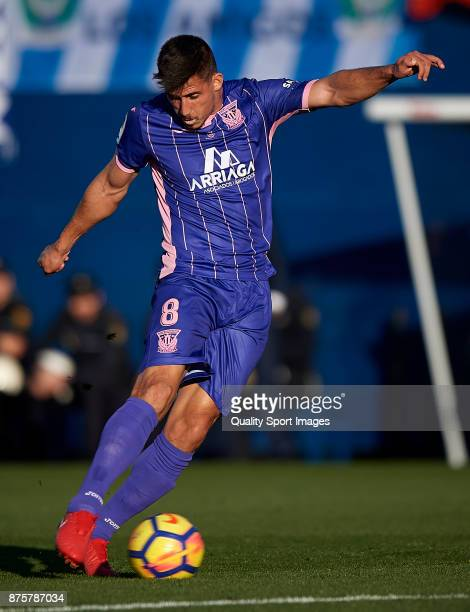 Gabriel Appelt Pires of Leganes in action during the La Liga match between Leganes and Barcelona at Estadio Municipal de Butarque on November 18 2017...