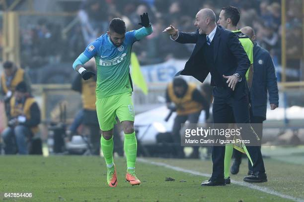 Gabriel Barbosa of FC Internazionale celebrates after scoring a goal during the Serie A match between Bologna FC and FC Internazionale at Stadio...
