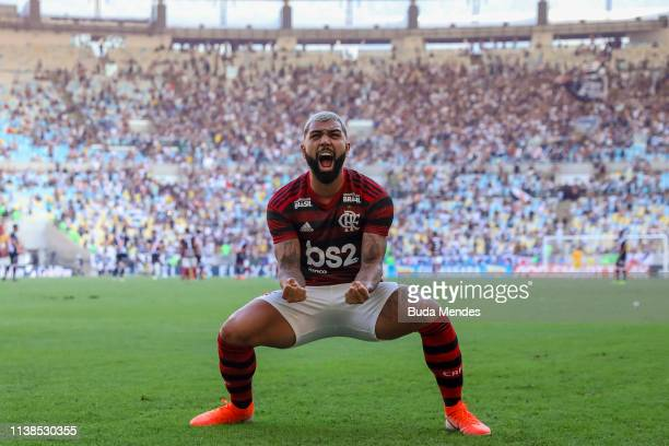 Gabriel Barbosa of Flamengo celebrates a scored goal by teammate Willian Arao during a match between Flamengo and Vasco da Gama as part of Rio State...