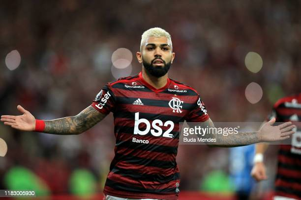 Gabriel Barbosa of Flamengo celebrates after scoring the third goal of his team via penalty during a second leg semifinal match between Flamengo and...