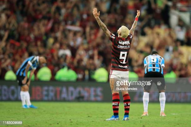 Gabriel Barbosa of Flamengo celebrates after winning a second leg semi-final match between Flamengo and Gremio as part of Copa CONMEBOL Libertadores...