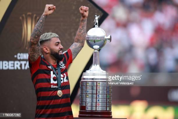 Gabriel Barbosa of Flamengo celebrates after winning the final match of Copa CONMEBOL Libertadores 2019 between Flamengo and River Plate at Estadio...