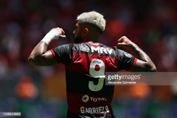 Gabriel Barbosa of Flamengo celebrates the second goal of his team during the Brazilian Supercopa final between Flamengo and Athletico PR at Mane...