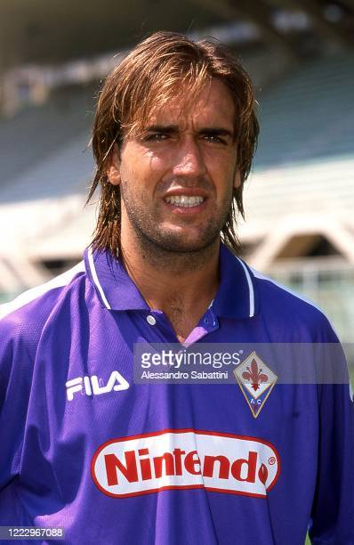 Gabriel Batistuta of ACF Fiorentina poses for photo during the Serie A 1998-99, Italy.