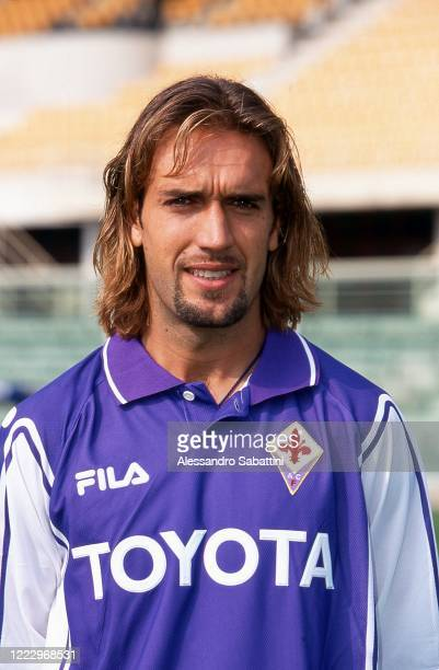Gabriel Batistuta of ACF Fiorentina poses for photo during the Serie A 1997-98, Italy.