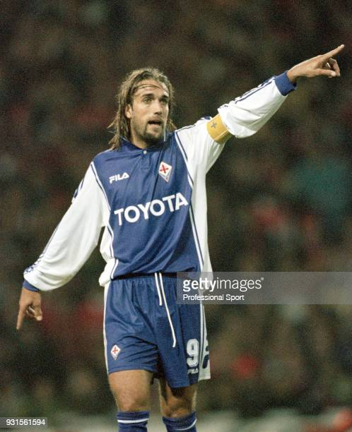 Gabriel Batistuta of Fiorentina gives instructions during the UEFA Cup match between Arsenal and Fiorentina at Highbury on October 27 1999 in London...