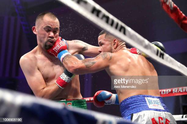 Gabriel Bracero of Puerto Rico lands a left hand to the face of Artemio Reyes during the undercard of the Christpher Diaz v Masayuki Ito ESPN boxing...