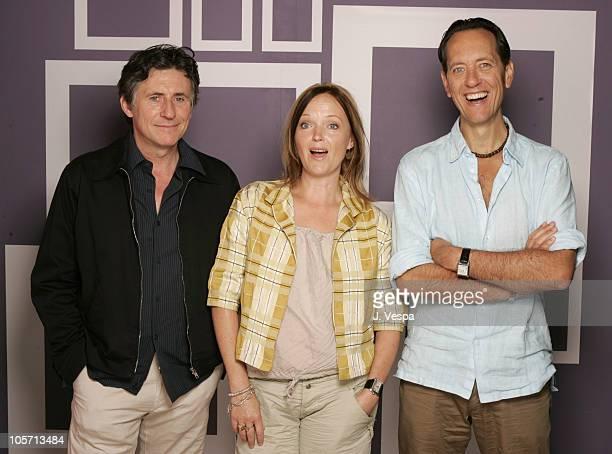 Gabriel Byrne Miranda Richardson and Richard E Grant director
