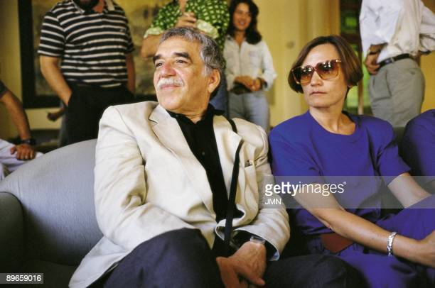 Gabriel Garcia Marquez and Pilar Miro in the Circle of Fine Arts