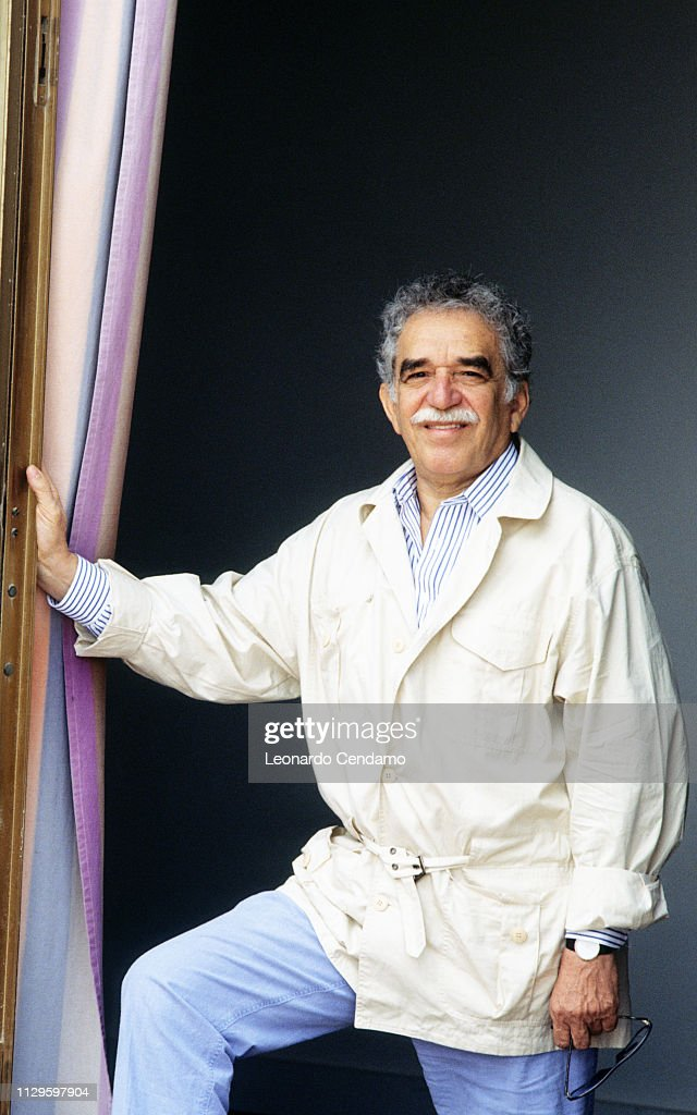 Gabriel Garcia Marquez Columbian Writer Nobel Prize For Literature 1982 : Fotografía de noticias